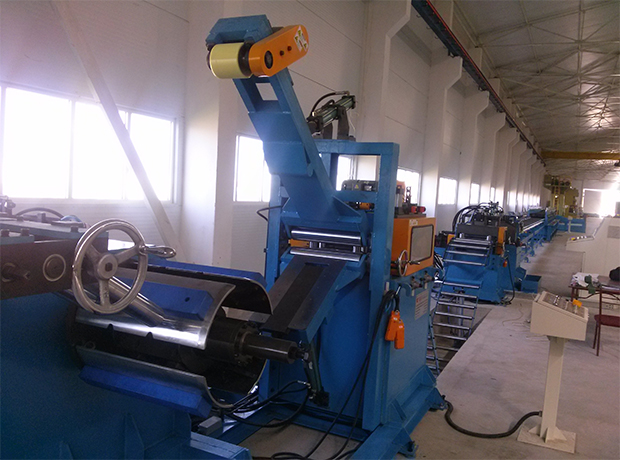 Lightweight pre-engineered building steel (LEB) roll forming machine
