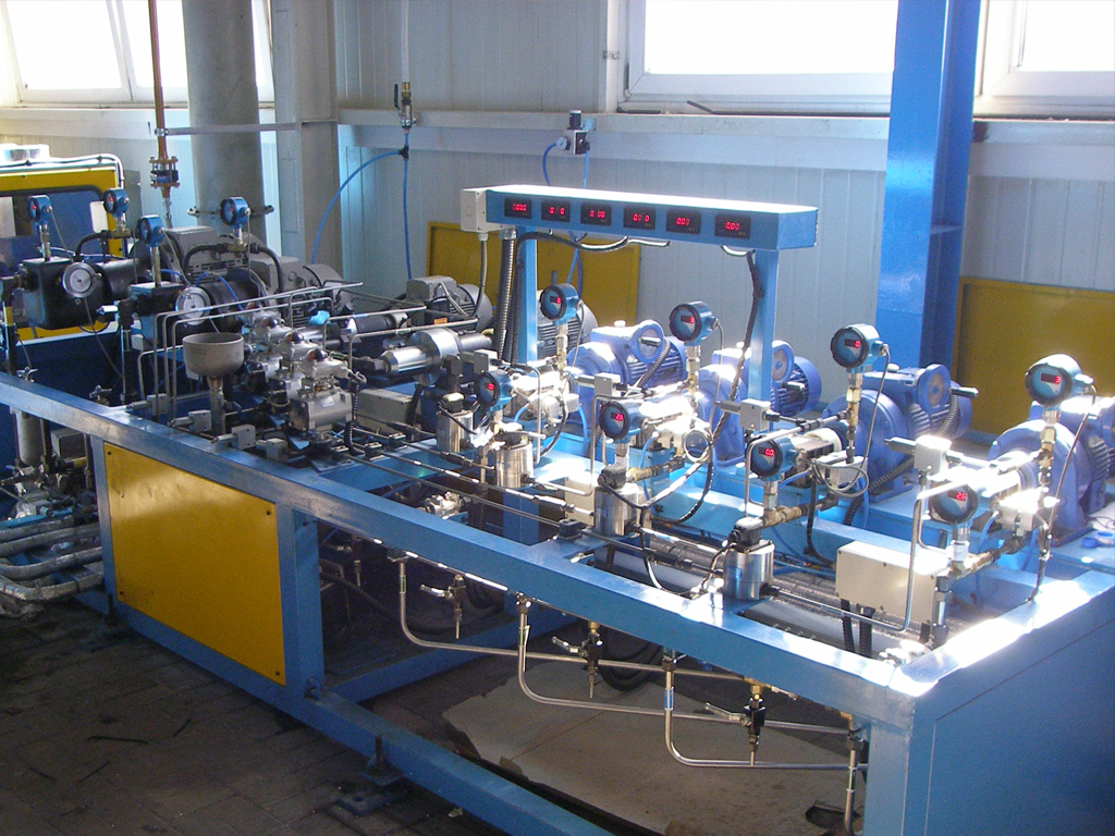 Sandwich panel line, roll forming machine and other metal